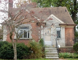 Grosse Pointe Foreclosure
